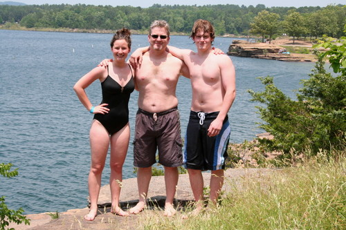 Heber_springs_cliff_jumping_team